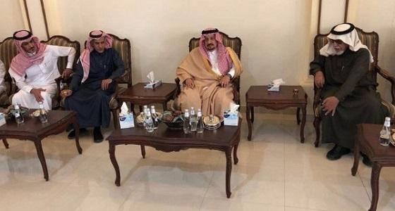 الأمير فيصل بن بندر يقدم تعازيه لأسرة الماضي