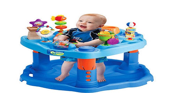 أضرار المشاية على طفلك و شروط استخدامها