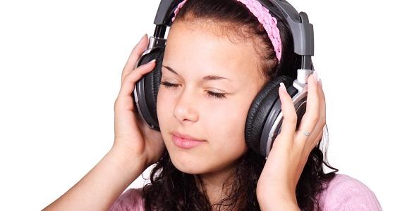 4 نصائح تحمي الأذن من أضرار السماعات