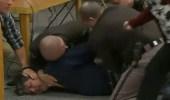 بالفيديو.. والد إحدى ضحايا لاري نصار ينهار بعد رفض المحكمة طلبه