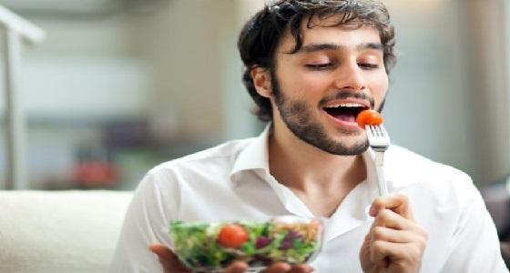 دراسة: الأكل ببطء يخفض الوزن