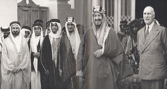 """"""" تعرف على سمات الملك عبدالعزيز """" في جناح التعليم بالجنادرية 32"""