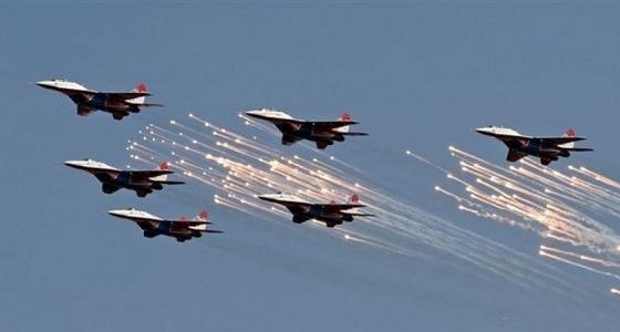 طيران التحالف يشن غارات على مخزن أسلحة للحوثيين