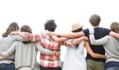 دراسة: الاحتضان يعالج الأمراض النفسية