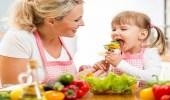 الخضروات والماء للحفاظ على صحة طفلك في أخر أيام الشتاء