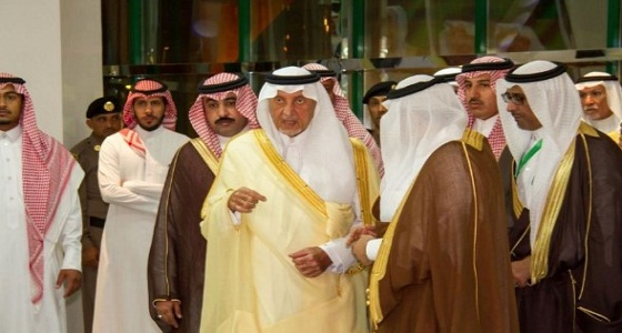 بالصور.. أمير مكة المكرمة يفتتح مكتب العمل في القنفذة