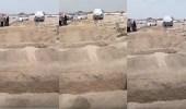 بالفيديو.. 6 مواطنين لقوا مصرعهم عند ذهابهم لدفن أحد أقاربهم