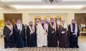 بالصور.. أمير القصيم يستقبل محافظ الهيئة العامة للزكاة والدخل