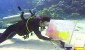 """المواطن """" حسنين """" أول عربي يتخصص بالرسم تحت البحر"""