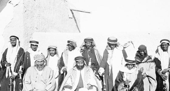 """صورة نادرة للأمير """" عبدالله بن جلوي """" قبل 100 عام"""