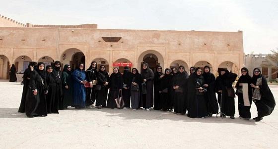 """بالصور.. أعضاء """" فتاة الخليج """" بالخبر يزورون بيت الشرقية في الجنادرية"""
