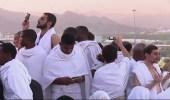 بالفيديو.. حكم تصوير الشخص لنفسه أثناء تأدية العبادات