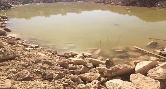 تنفيذ أعمال ردم لـ 11 موقعا تتجمع بها مياه الصرف الصحي بنمار