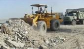 رفع 864 مترًا مكعبًا من الأنقاض لعدد من قرى القطيف