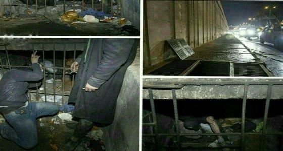 """الشعب الإيراني يعيش في قنوات الصرف الصحي و """" الملالي """" يدعم الإرهاب"""