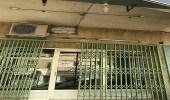 إغلاق 10 محلات مخالفة وإشعار 36 أخرى بالشميسي