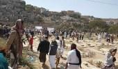 الآلاف يشيعون جثمان رهام البدر من ساحة الحرية بتعز