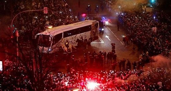 بالصور.. شرطة مدريد تشكل دروعًا قبل مواجهة سان جيرمان