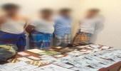 دوريات الأمن تطيح بعصابة تمتهن تزوير الوثائق الرسمية والإقامات بجازان