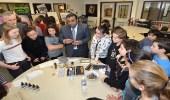 الإشادة بالملحقية الثقافية السعودية في كندا