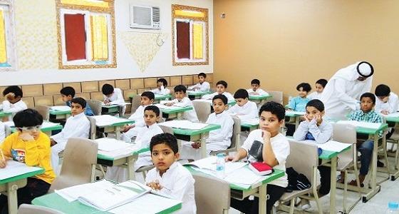 """رد قاس من """" التعليم """" على مخالفات طلاب الابتدائية ومنها ترويج المقاطع """" المخلة """""""