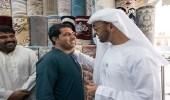 رد ولي عهد أبوظبي على عامل أفغاني رفض بيع سجادة بسبب صورة
