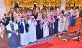 """"""" أمير الرياض """" يؤدي صلاة الميت على الأمير محمد بن عبدالرحمن"""