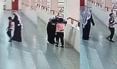 بالفيديو.. معلم ينقذ حياة طالب تعرض لحالة اختناق بتبوك