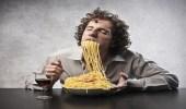 4 أسباب تجعلك تؤجل فكرة إتباع النظام الغذائي و إنقاص وزنك