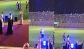 بالفيديو.. طالب بجامعة الطائف يعبر عن فرحته بالتخرج على طريقته الخاصة