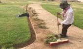 بالصور.. بلدية طريف تنفذ عددا من الأعمال الزراعية لاستقبال المتنزهين
