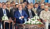 """بالفيديو.. """" السيسي """" يضع وزير الإسكان المصري في موقف محرج"""