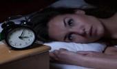 دراسة حديثة تكشف العلاقة بين انقطاع الدورة الشهرية والنوم