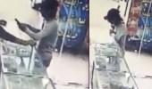 بالفيديو..لص يسرق جوال ويلوذ بالفرار بخدعة بسيطة
