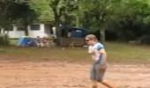 بالفيديو.. شاب ينفذ مقلبا مرعبا في زوجته