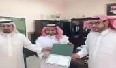 """بالصور..مدير مكتب الروابي بتعليم الرياض يدشن تحويل مدرسة التعاون الإبتدائية لـ """" إلكترونية """""""