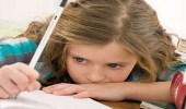 خبراء يوضحون كيفية التخلص من توتر الأطفال خلال الامتحانات