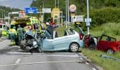 إصابة 5 أشخاص في حادث تصادم 27 سيارة بالسويد