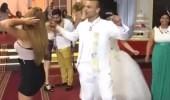 """بالفيديو والصور.. """" توتو واوا """" يقلب حفل زواج مصري رأسًا على عقب"""