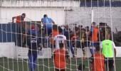 اشتباكات بين الشرطة ولاعبين خلال مباراة في الأرجنتين