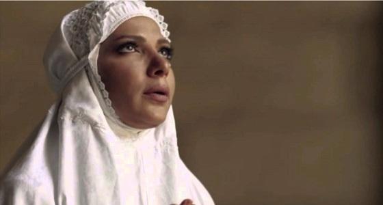 أصالة تبدى إعجابها بمقرئ قرآن مصري وتطلب اسمه ممن يعرفه