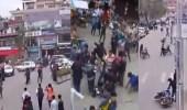 بالفيديو.. لحظة مرعبة أثناء حدوث زلزال