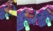 """بالفيديو.. مواطن يعثر على مولود """" لقيط """" في أحد المساجد"""
