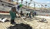 قطر تُجبر عمال المونديال على العمل 14 ساعة يوميًا دون انقطاع