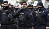 السلطات التركية تعتقل 70 ضابطا بالجيش
