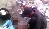بالصور.. رجل جائع يذبح كلبا ليأكل لحمه