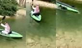 بالفيديو.. موقف مضحك لمدير سقط في الماء أثناء بروفة مشروعه
