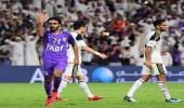 """مشجع إماراتي يهدد بمقاطعة كرة القدم بسبب إشارات """" الشحات """""""