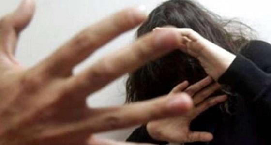 لاعب كرة خليجي شهير يغتصب سيدة عربية