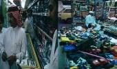 صورتان لإحدى المتاجر بمدينة الخبر تعود للتسعينات